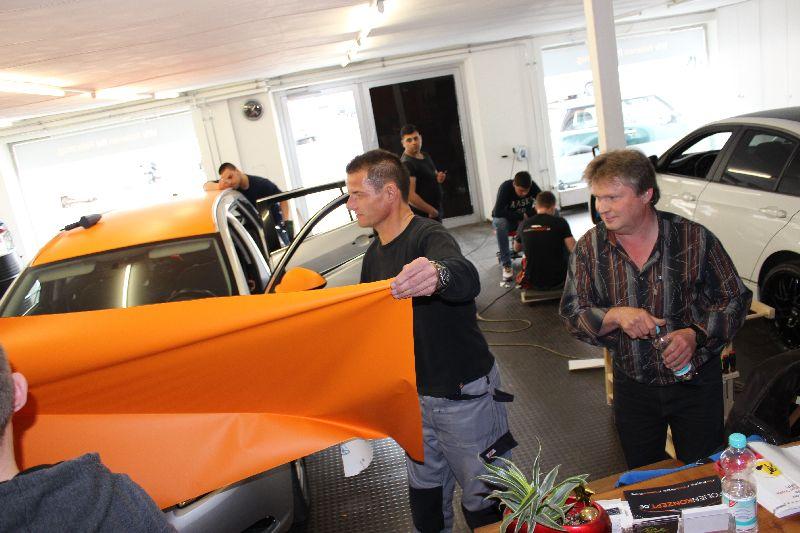 folien schulungen m nchen folier und car wrapping kurse seminare. Black Bedroom Furniture Sets. Home Design Ideas